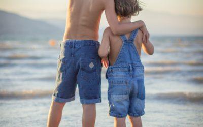 Gdy dzieci się kłócą, jak pomóc bliskościowo?